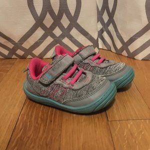 Surprize by Stride rite baby girl's shoes size 5